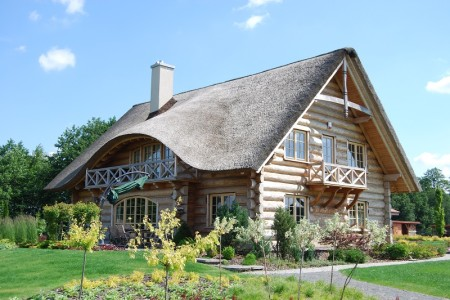 Dachy z trzciny: zalety i wady rozwiązania