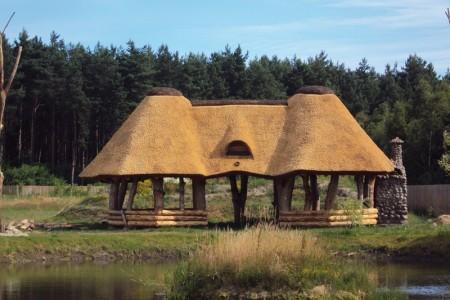 Dachy z trzciny dla małej architektury