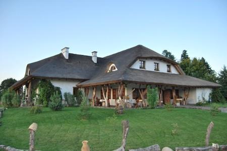 Konserwacja dachu z trzciny: naprawa strzechy, renowacja dachu z trzciny, impregnacja strzechy trzcinowej