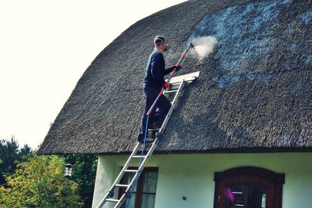 Impregnacja dachów z trzciny